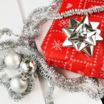 30代シングルマザーに贈るクリスマスプレゼントの選び方は?喜ばれる物や渡し方を紹介