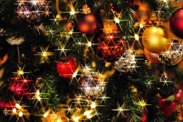 30代独身男性のクリスマスの過ごし方とは?ひとりでも楽しめる外食と家で過ごす方法を紹介