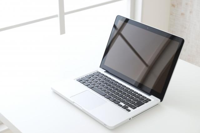 大学生の新生活においてのパソコンの選び方とは?おすすめと価格を紹介